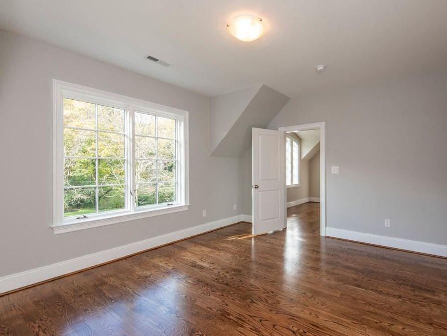 floors in bedroom 2