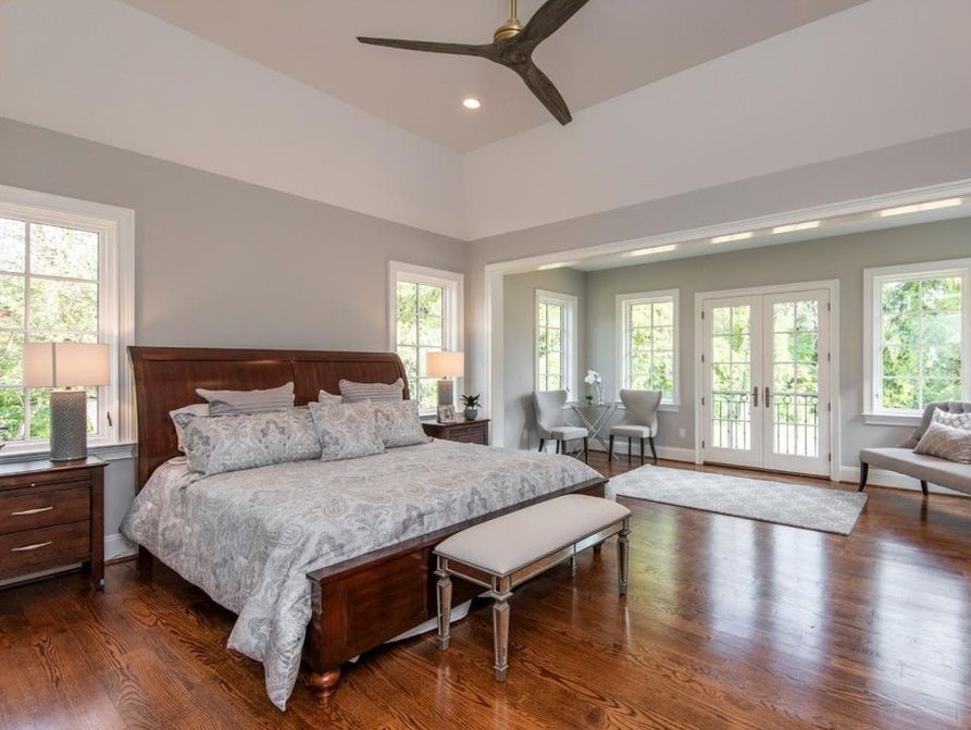 floors in bedroom 3