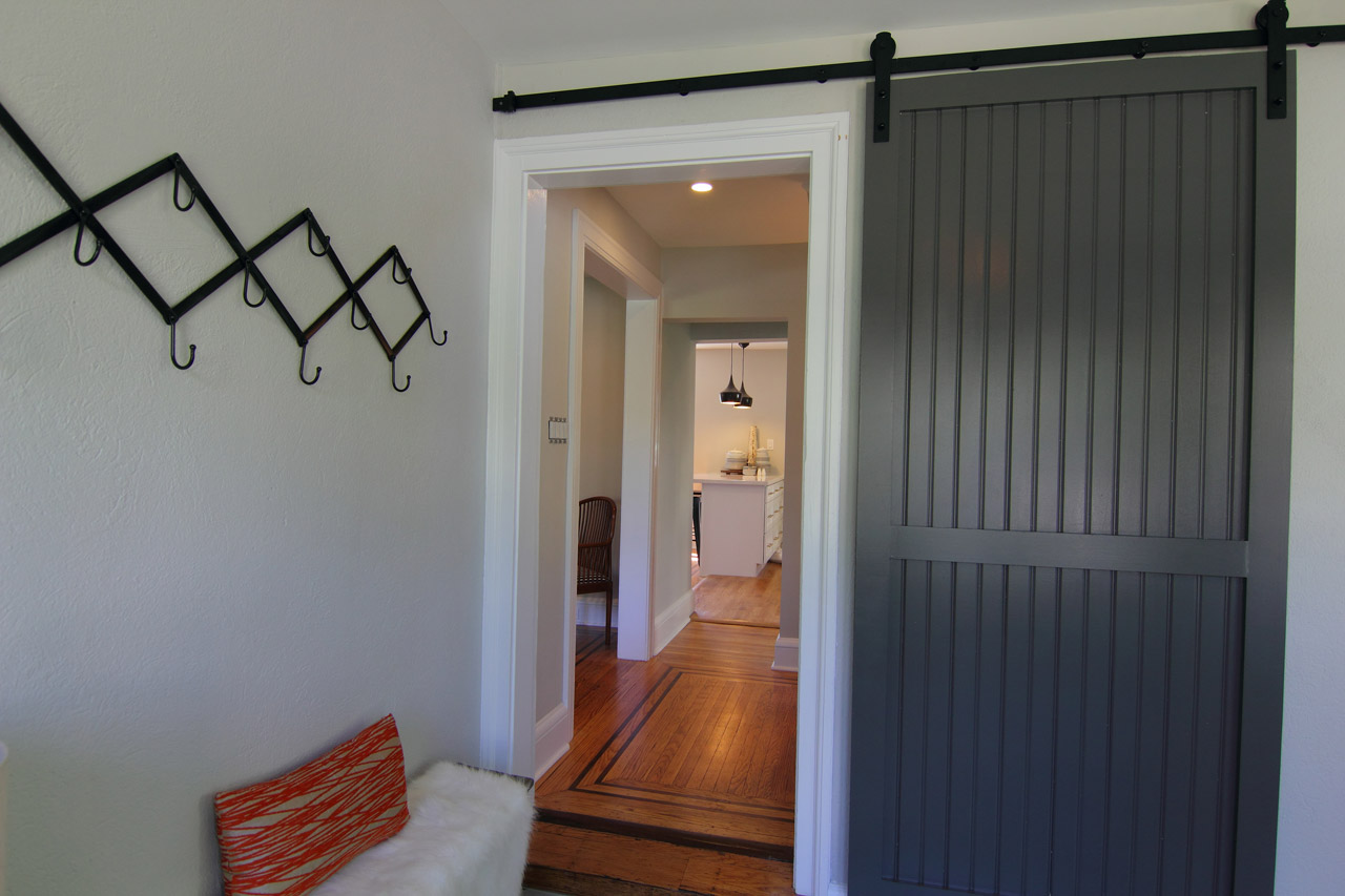walsh-hardwood-flooring-entrance-way-new-hardwood-floors-1280x853-1