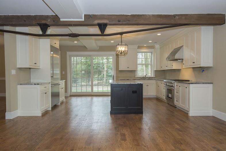 walsh-hardwood-flooring-kitchen-hardwood-786x524-1